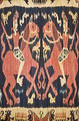 Indonesian Woven Fabric / Ikat, Sumba Island (naonishimiya) Tags: art traditional arts textiles handicrafts seni ikat kain tradisional traditionalarts nusatenggara artculture sumbatimur kerajinantangan kerajinan tradisi eastnusatenggara eastsumba sumbaisland kaintenun