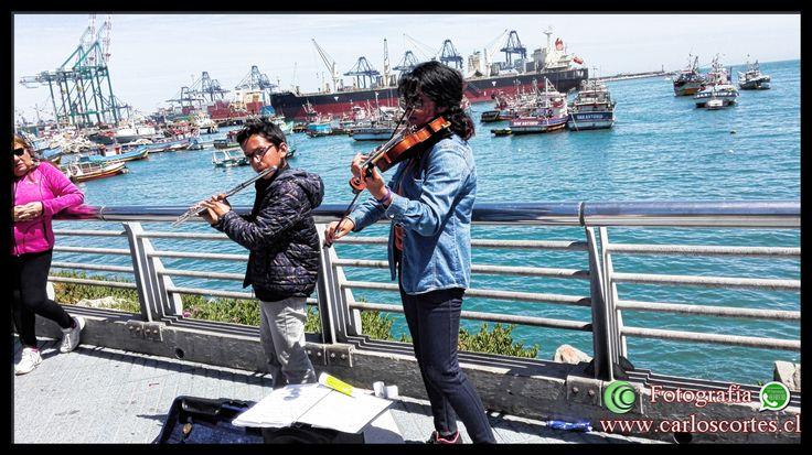 Artistas en el Mirador Puerto San Antonio Chile
