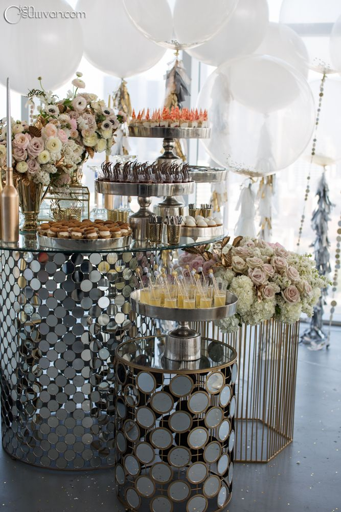 Cocktail Hour Décor ● The Great Gatsby 1920's Inspired
