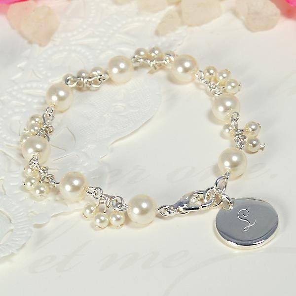 Personalized Romance Pearl Bracelet http://www.opentip.com/product_info.php?ref=13484&products_id=3463793