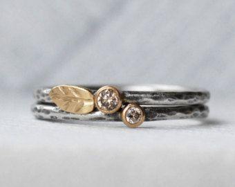 Diamond and Blue Zircon Leaf Ring Set 18k Gold by LilianGinebra