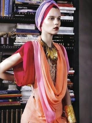 turban + Jewelry + colors = :-) DREAM GIRL fashion (not dream girl person)