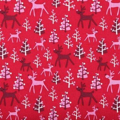 Rudolf Red Bavlna kolekcia Jeseň - zima 2014 od Copenhagen Print Factory     Zloženie: 100% BIO bavlna  Certifikát: Oeko Tex 100, 2.kategória (styk s pokožkou)  Šírka: 110cm  Gramáž: 145g/m2  Farba: červená  Starostlivosť: prať pri max. 40°C, žehliť na stupni bavlna  Opis: bavlnená látka, určená na patchwork, bytové a módne doplnky, oblečenie, atď.