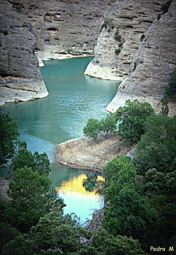 Detalle del embalse de Vadiello, en la Sierra de Guara. Hoya de Huesca. Aragón …