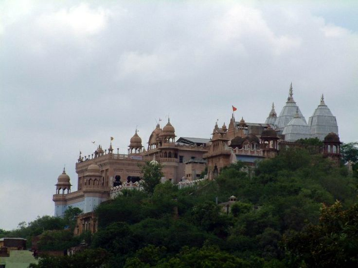 Sri Barsana Dham, Srimati Radharani's Palace