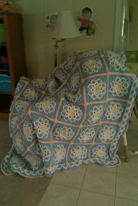 Crochet Afghan Pattern For Wedding Gift : 17 Best images about wedding ideas on Pinterest ...