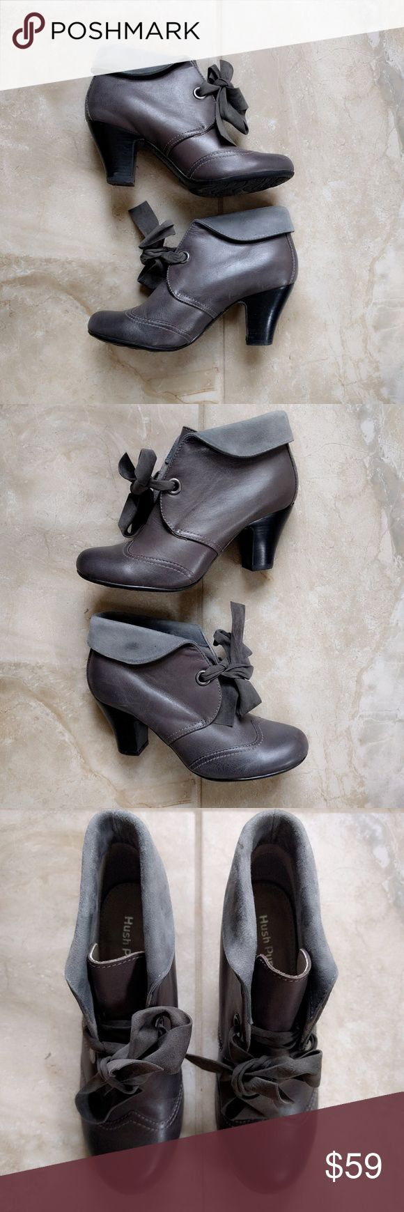 """Hush Puppies Granny Lonna Shootie Ankle Boot 6.5 These pixie ankle boots combine the renowned comfort of Hush Puppies?with fabulous turn-of-the-century inspired vintage style.? Full-grain leather upper, large front bow. Rolled-down cuff with suede collar lining. Perfect for a steampunk costume or casual outfit.  In excellent preowned condition (9.9/10). A few slight surface scratches to leather.? Comes from a smoke-free home.?  BRAND: Hush Puppies. SIZE: US 6.5M. HEEL: 2.75"""" (7cm). OUTSOLE…"""