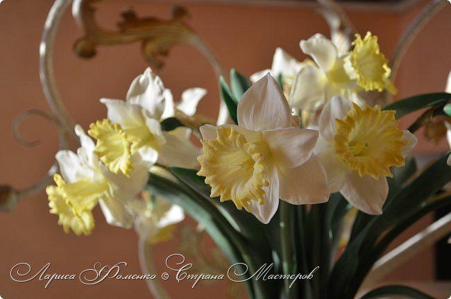Букет нарциссов из полимерной глины.  Bouquet of daffodils made of polymer clay. Handmade.