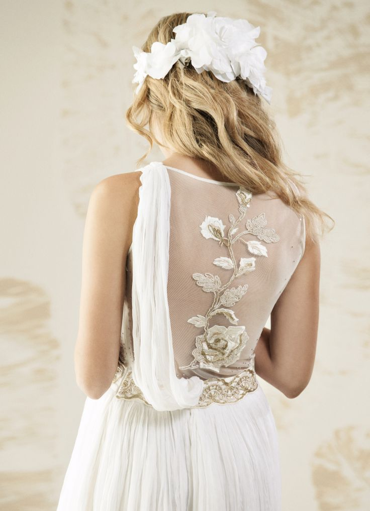 "V. SOUZ ""Gorgo"" Dress.     Photography by Benjo Arwas"