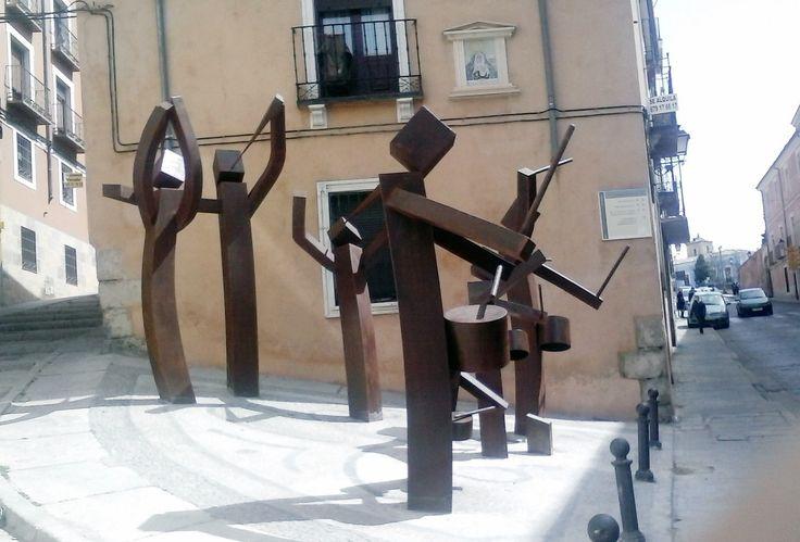 """""""Turbas Generación"""" (Cuenca) o monumento al Minecraft"""