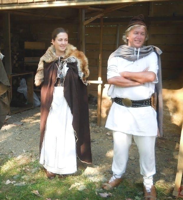 traditional dacian clothing