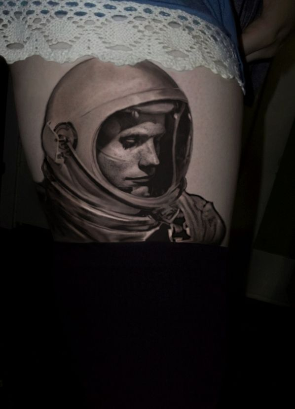 Neil Armstrong portrait | Tattoo Motivation | Pinterest