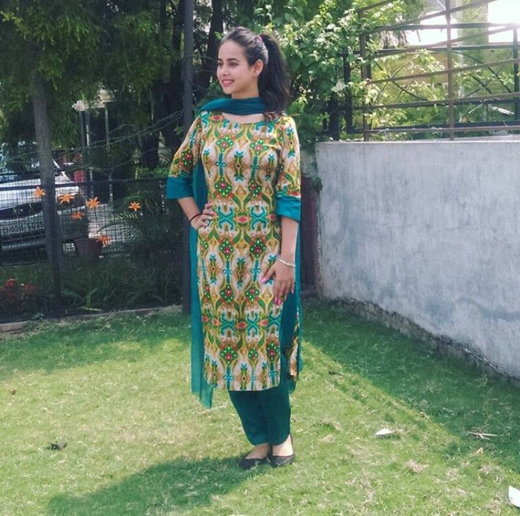 Punjabi suit punjabi singer❤❤❤
