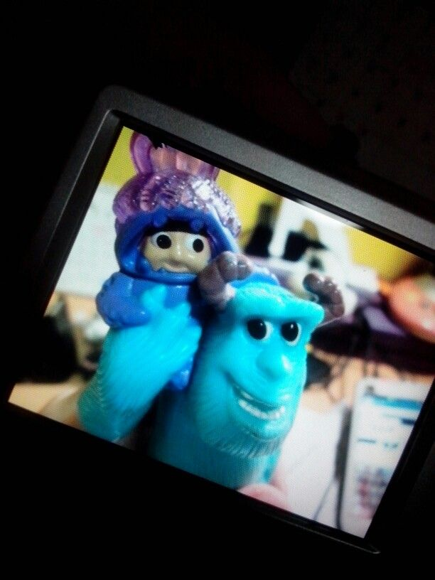 Sulley and that girl (bad at remembering names) using canon powershot A2500. i kinda like how the auto focus work (: