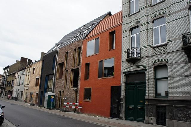 25 beste idee n over rode bakstenen huizen op pinterest rode baksteen exterieurs bakstenen - Rode bakstenen lounge ...