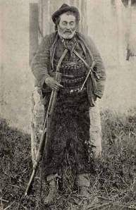 Domenico Tiburzi: the most famous bandit of Maremma. This is the only photo ever shot, after his death. #maremma #tuscany #personaggi #personality #tradizioni #traditions #leggende #tales