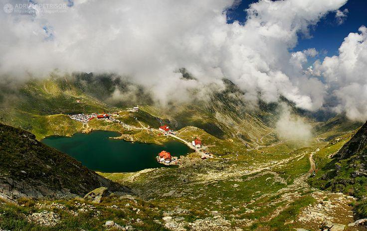 Balea Lake, Transfagarasan, Fagaras Mountains, Transylvania