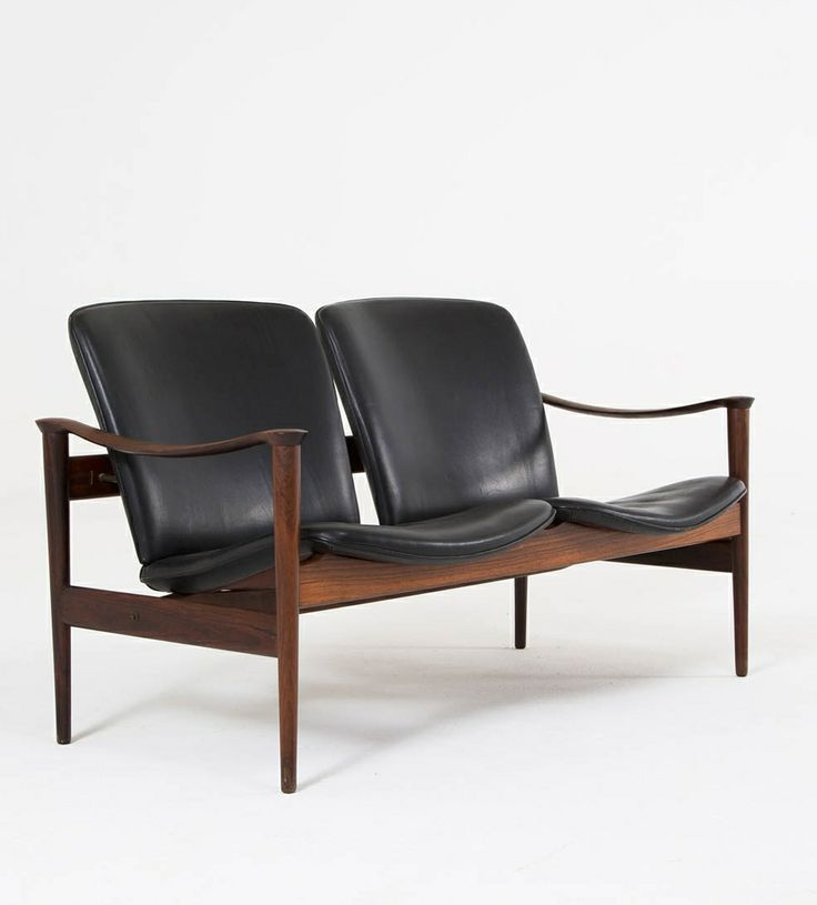 Rosewood and Leather Settee | Frederik A. Kayser for Vatne Lenestolfabrikk | c1960