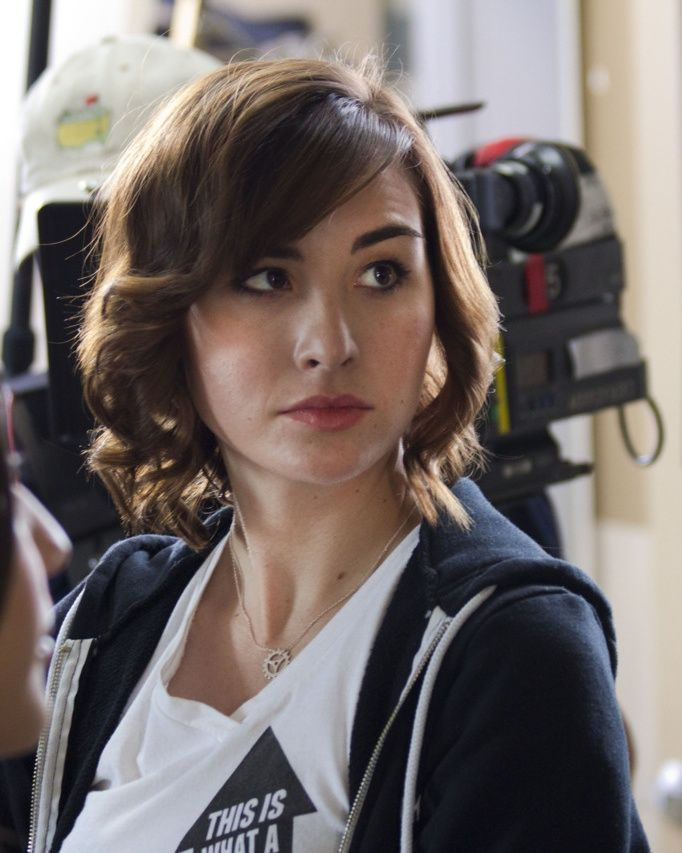 Allison Scagliotti as LEAH, our heroine.