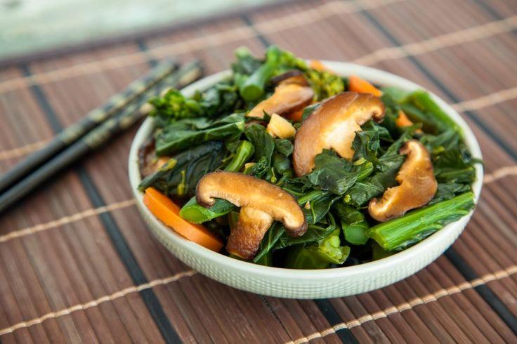 Healthy Malaysian Kailan (Chinese Broccoli) Stir Fry!