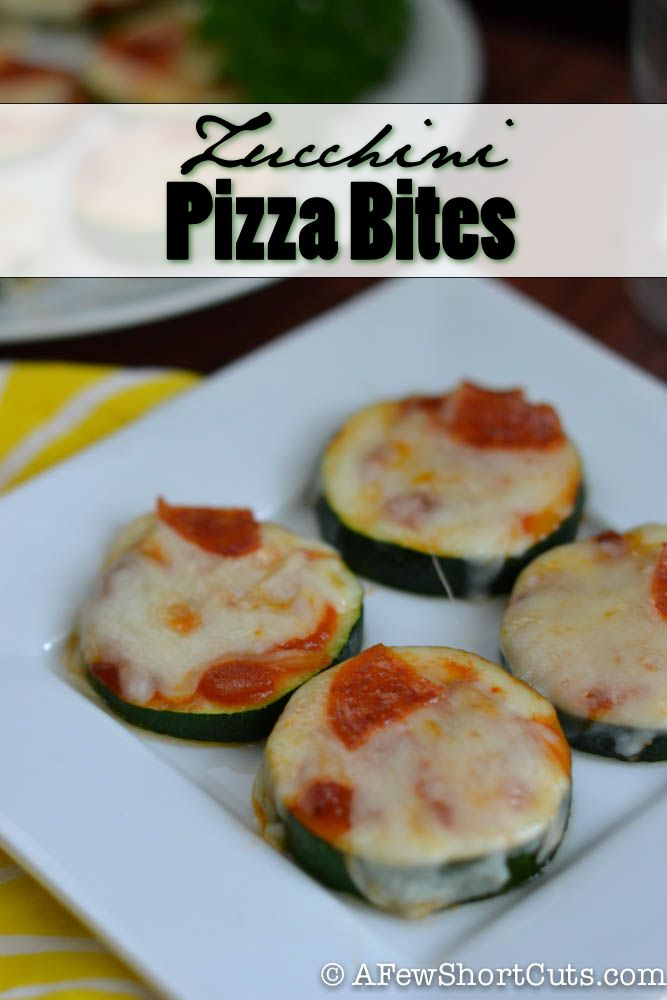 Zucchini Pizza Bites! Try them with turkey pepperoni and other healthy toppings of your choice.