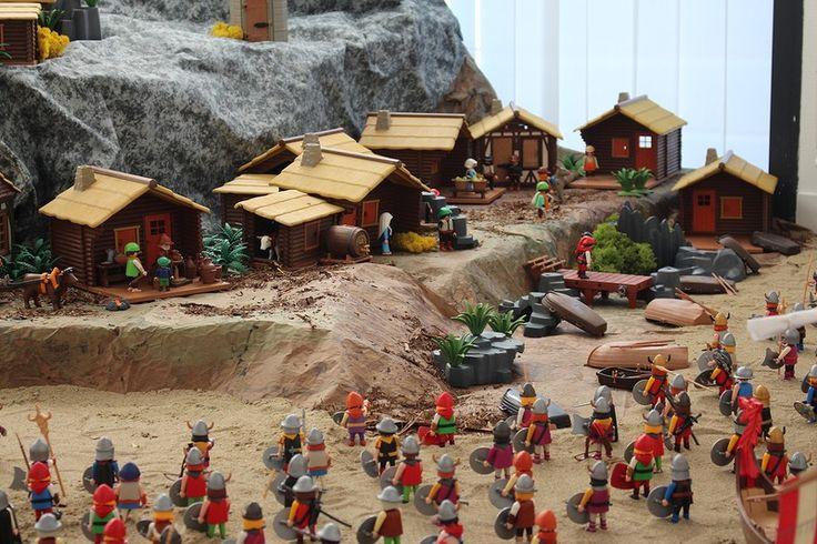 Le Mont Saint Michel en Playmobil, lors des invasions vikings du 10ème siècle. Diorama Playmobil réalisé par Alizobil et Gandalf, Membres de Smile-Compagnie.