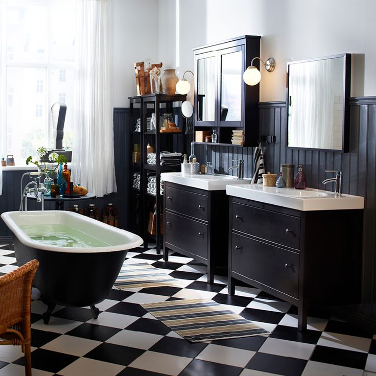 Hemnes Gives A Traditional Approach To A Tidy Bathroom