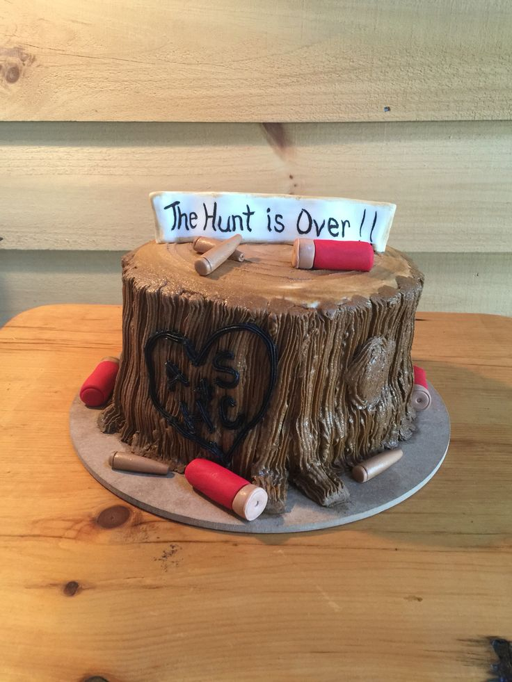 "Groom's cake. ""The Hunt is Over!"""