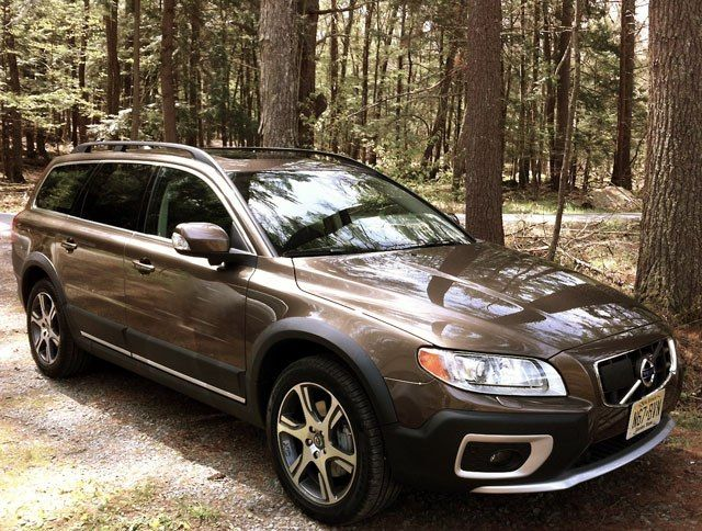 Five Hot Station Wagons Your Dad Should Buy Right Now (and Five You Wish He Could, but He Can't)
