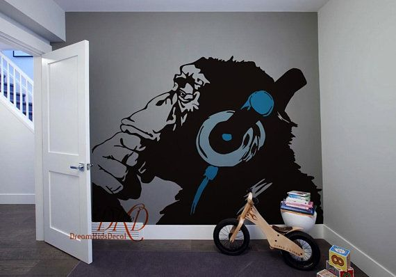Banksy Monkey With Headphones Wall Art Chimp Head Listening To Music Earphones DJ Vinyl Decal Sticker Kids Room Decor DK043