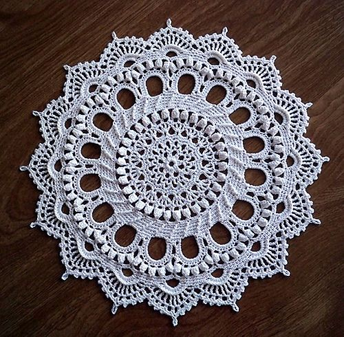 Crochet doily. Design by Patricia Kristoffersen