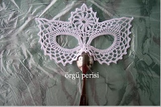 free crochet chart to make this mask