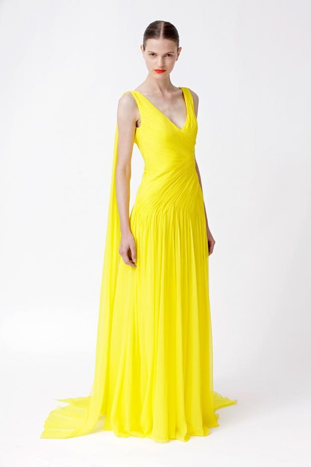 A colour you can't miss. Yellow dress from Monique Lhuillier Resort 2012.