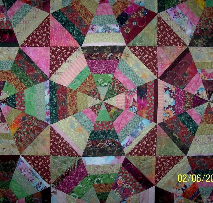 Crazy Quilt Patterns Free : 410 best Courtepointe - Mosa?que - Kaleodoscope - Fussy Cut - Passacaglia images on Pinterest ...