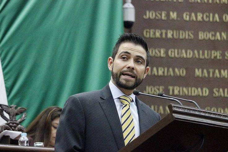 El coordinador del PRD en el Congreso de Michoacán presentó una iniciativa de reformas a la Ley Orgánica del Poder Judicial para dotar al presidente del Consejo y del STJE ...