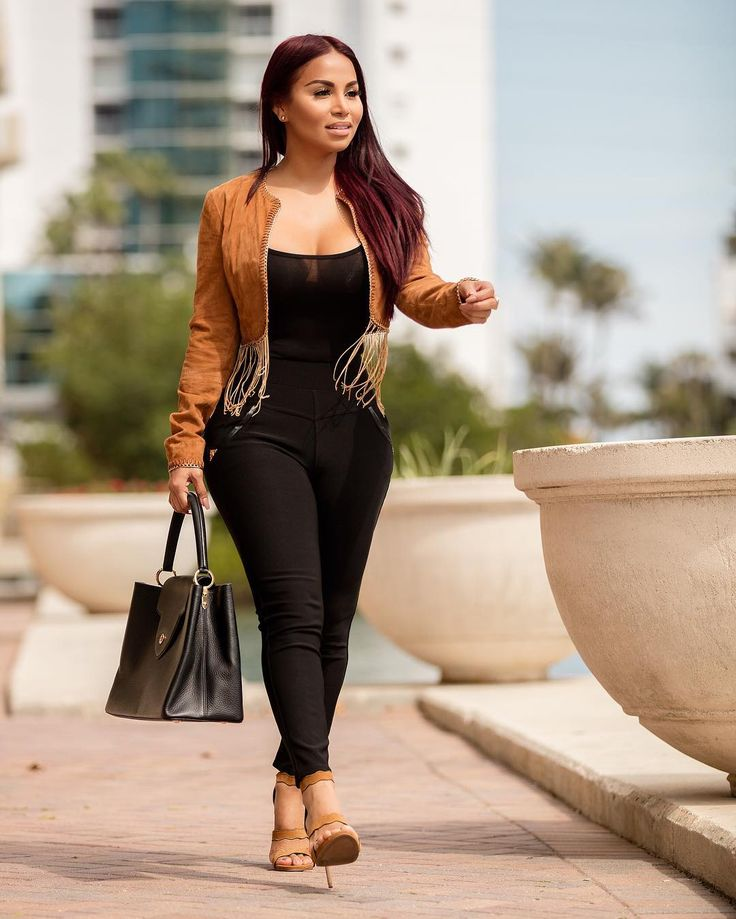 Dolly Castro 🇳🇮 | Dolly Castro | Dolly castro, Fashion, Women