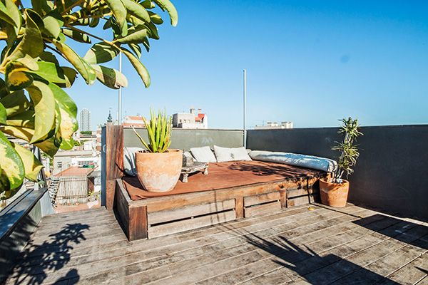23 Airbnb Rentals That Have Us Trippin'! #refinery29  http://www.refinery29.com/2014/03/64349/best-air-bnb-listings#slide-6  Le Petite Penthouse In Barcelona Hood: El Born, Spain Price: $171 per night  This pint-sized, industrial-chic flat has envy-inducing views of Barcelona and is ideal for a romantic rendezvous with your sweetie. It has two terraces, one of which sports a hot tub. Originally built in 1794 (talk about vintage), this pad was renovated to its modern state in 2010.