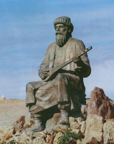 """DEDE KORKUT - Dede Korkut'un mezarının Bayburt Masat Köyünde olduğuna dair rivayetler vardır. Her yıl Bayburt'ta """"Uluslararası Bayburt Dede Korkut Kültür Sanat Şöleni"""" düzenlenmektedir."""