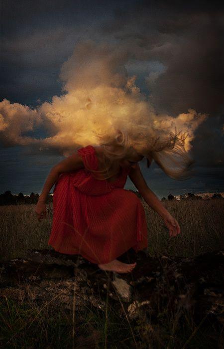 Сюрреалистичные танцы / Kylli Sparre