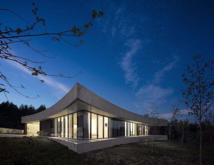 Casa Cabo de Vila . Spaceworkers Arquitectura Design e Investimentos, Lda