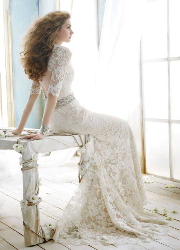 Lace Over Three Quarter Sleeve Sweetheart Modified Wedding Dress with Keyhole Back