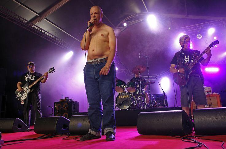 Pertti Kurikan Nimipäivät oli yksi Ilosaarirock-lauantain yleisömagneeteista.