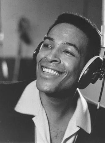 Marvin Gaye <3 headphone swag before beats by dre