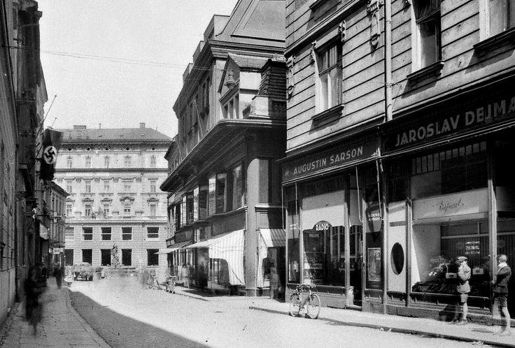 Obchodní dům ASO, 40.léta 20. století.