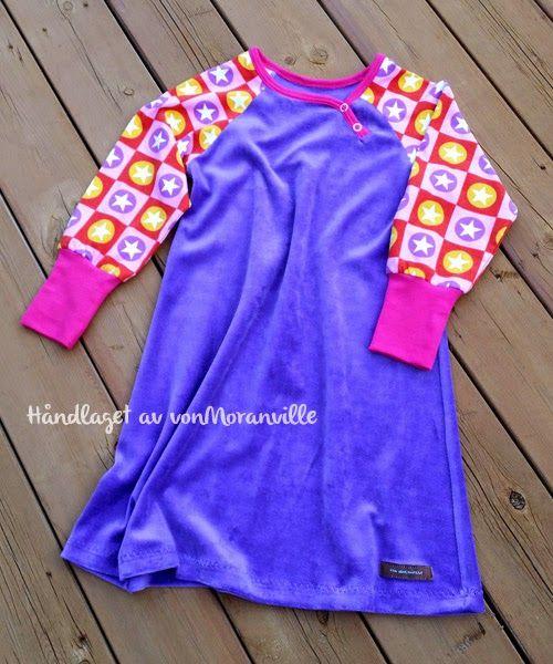 Lun vårkjole. Jersey/velour.  Great dress for spring.