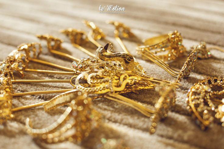 Traditional wedding headpiece  inspiration | Wedding Shot List: Exquisite Details to Capture on the Big Day | http://www.bridestory.com/blog/wedding-shot-list-exquisite-details-to-capture-on-the-big-day