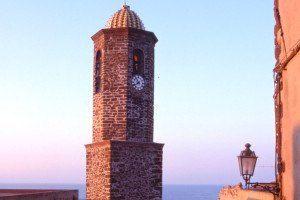 hotel-rosa-dei-venti_slider_castelsardo-campanile-1