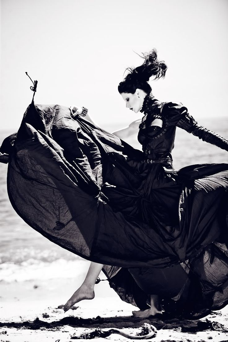 """Mother of London clothing, photographed by Zhang Jingna, """"Before the Tide Comes In"""""""
