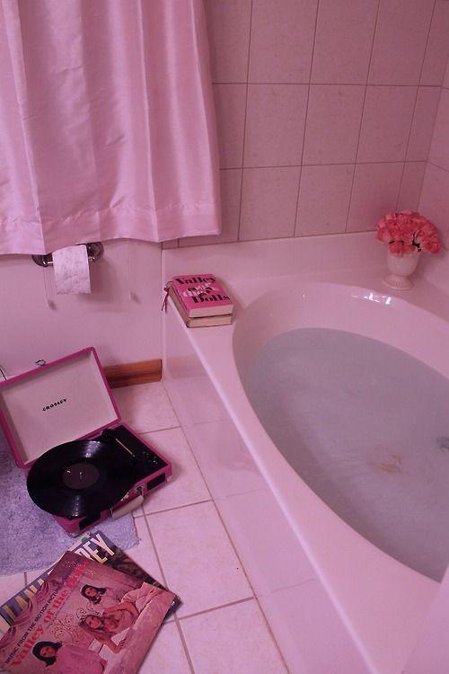 • photography mine bathroom bath lana del rey bathtub Records record player Valley Of The Dolls kittenishly •
