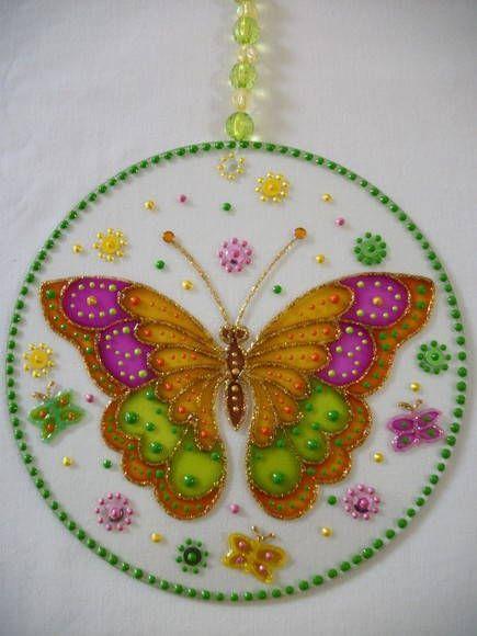 """MÓBILE """"BORBOLETA ROSA/VERDE""""sto. MARIPOSA: El psicoanálisis juega la mariposa como símbolo de renacimiento. En la antigua Grecia se dice mariposa Psique, o ALMA. Al dejar el capullo al nacer, la mariposa es un símbolo de la inmortalidad del alma. Es auto-transformación, la claridad mental, nuevas etapas y LIBERTAD."""
